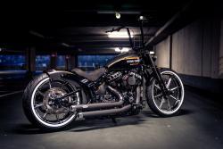 Harley Davidson Zubehör Shop mit Artikel von Custom Chrome Europe hier bestellba
